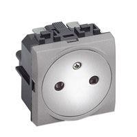 Bticino Living Light, stopcontact, vlak 2P+A, 16A, 250V, 2 module(s), steekklemmen, tech